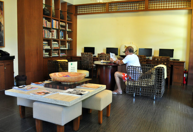 library-lounge-3